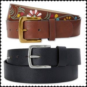 Time and truth and without borders, Women's belts